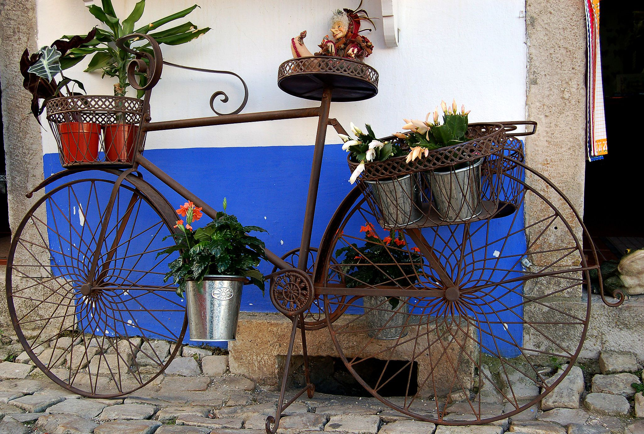 BicyclePlanter_RuiDanielFerreira_WikiC.jpg