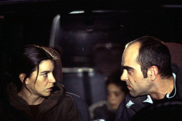 Laia Marull y Luis Tosar en una escena de 'Te doy mis ojos'.