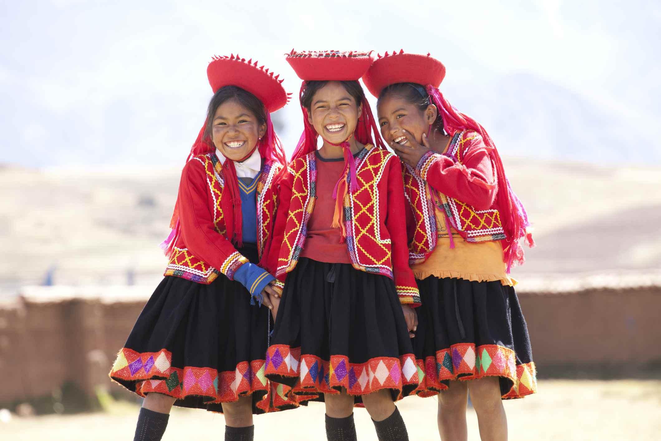 niños en Peru