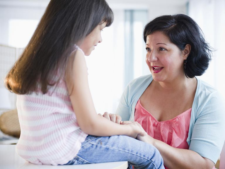 Niña en terapia infantil