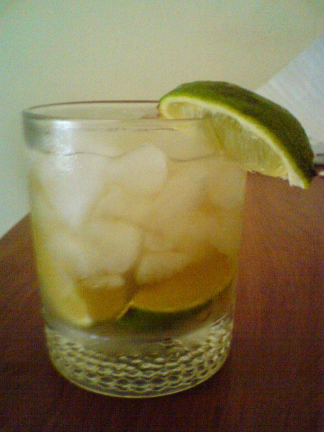 Coctel-limon-Timsackton-wiki.JPG