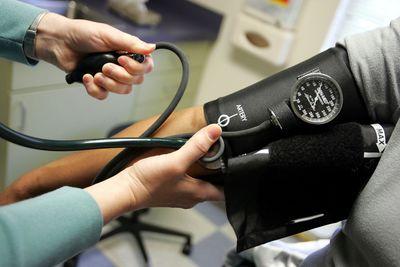 La fatiga elevará la presión arterial