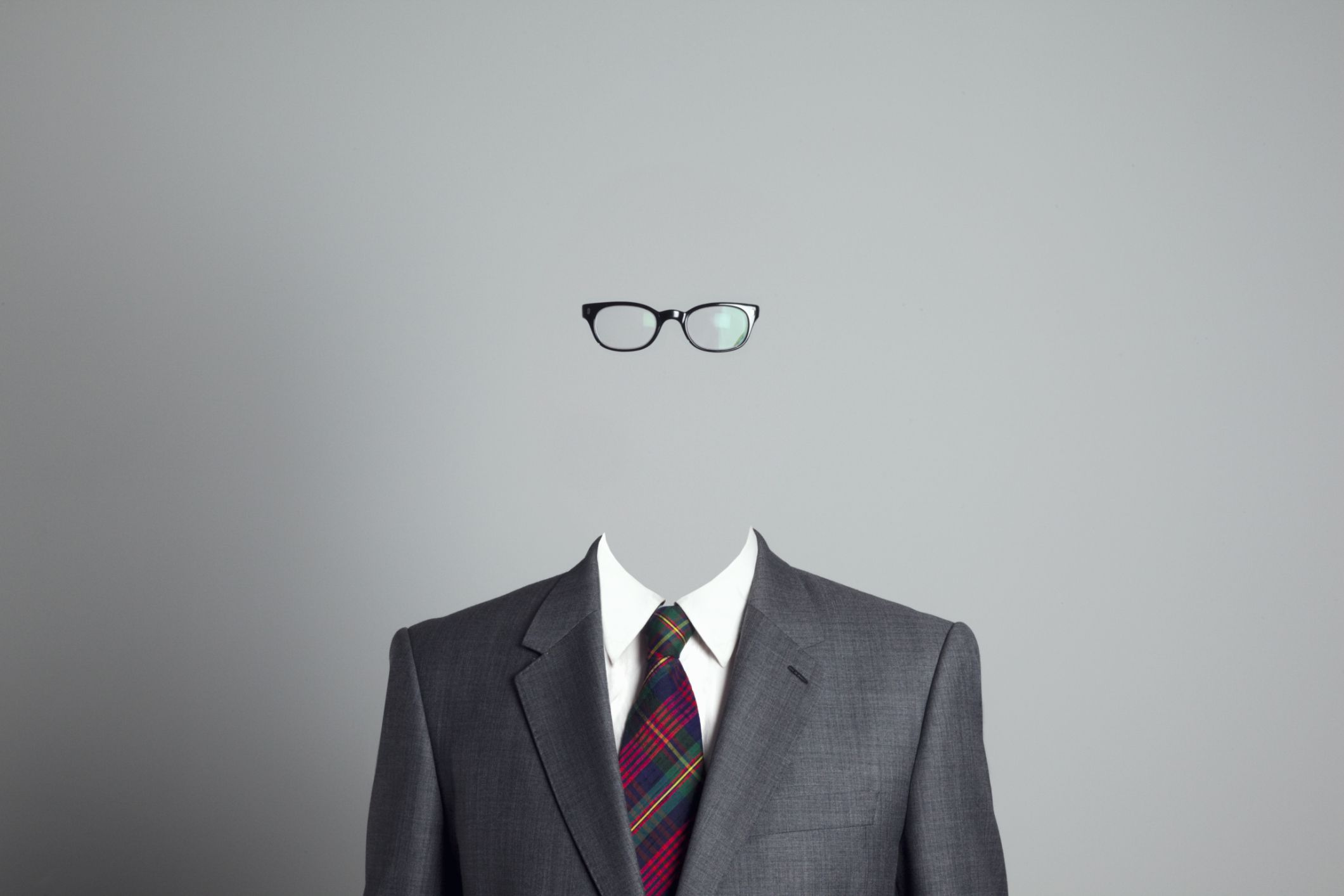 Hombre-invisible-hires.jpg