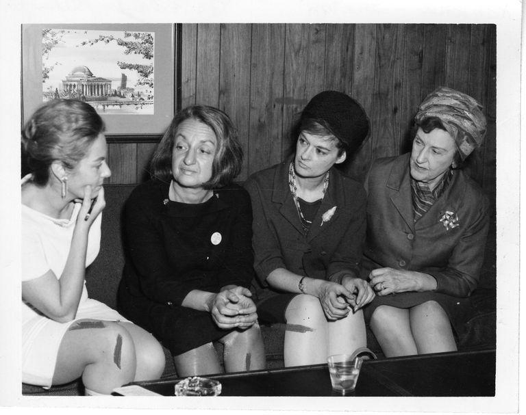 Reunión de Betty Friedan, Barbara Ireton y Marguerite Rawalt