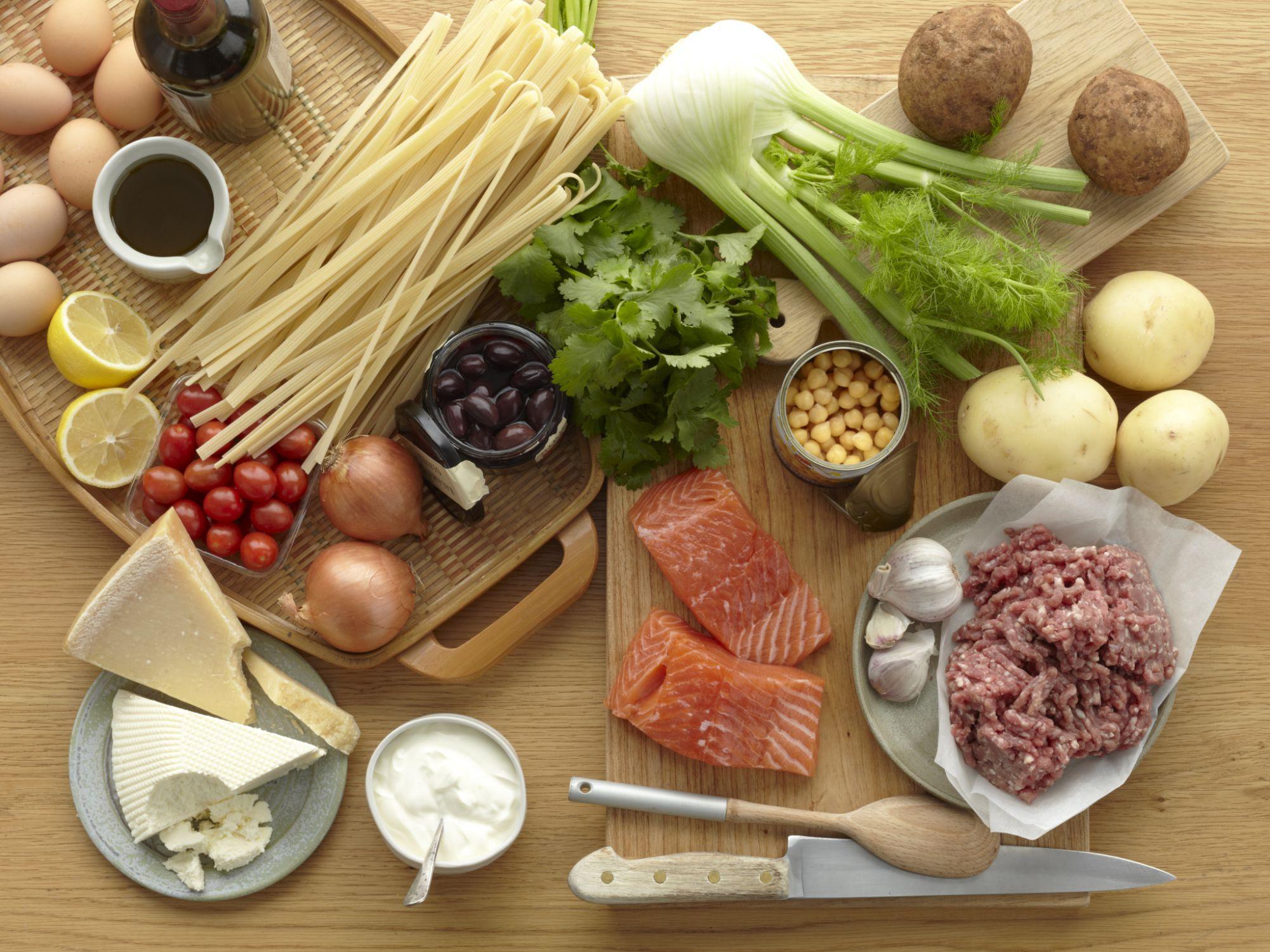 comidas que contienen carbohidratos y proteinas
