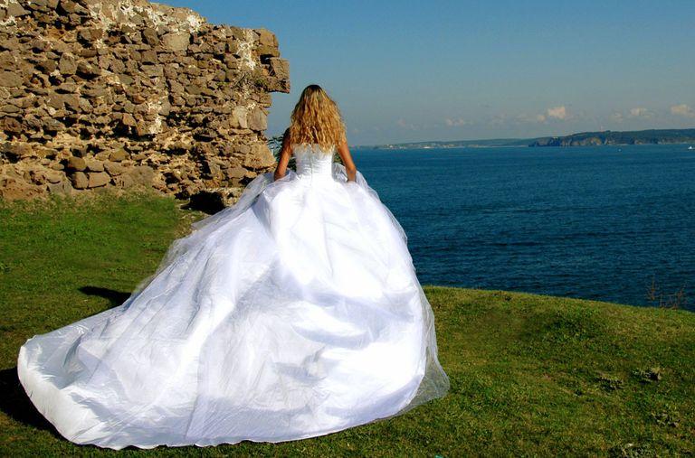 nombres y tipos de estilo de cauda del vestido de novia